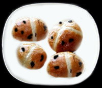 Hot Cross Buns using Paste